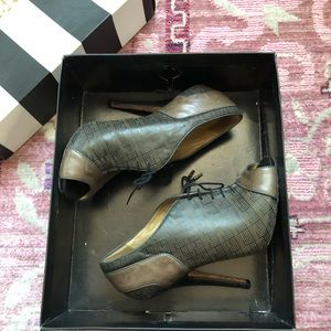 L.A.M.B Blklea Leather Booties Size 7
